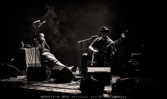 mountain men,me mat,barefoot iano,mountain men chante georges brassens,interview,mandor